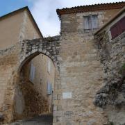 La porte de l'Hérisson, XIIIe s.
